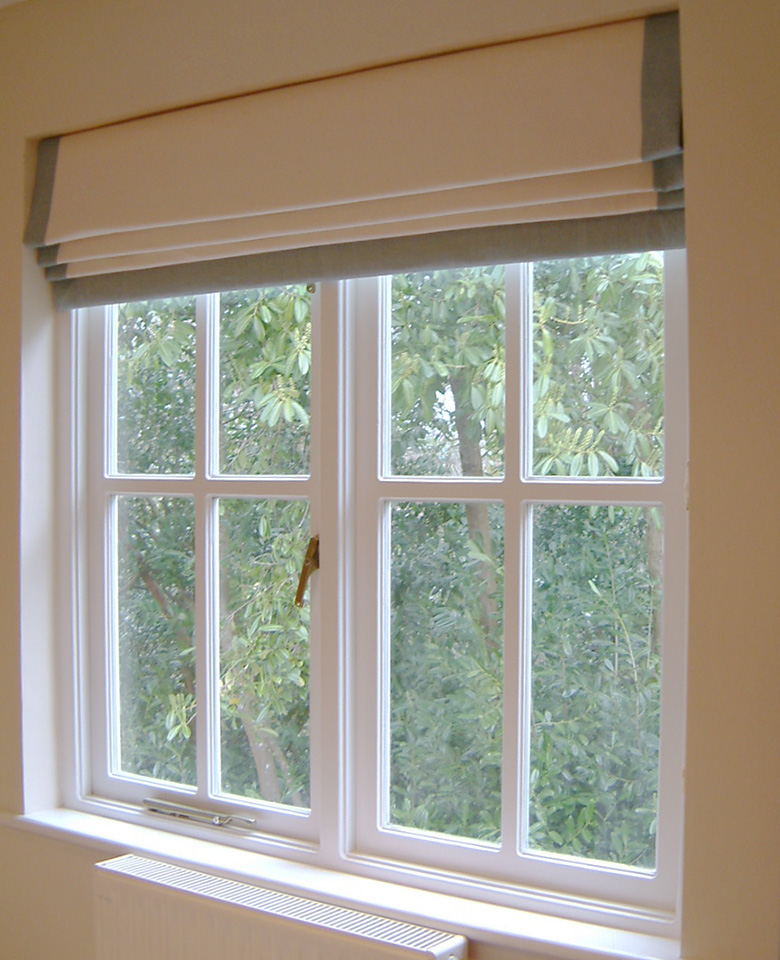 Blinds – Roman with contrast border