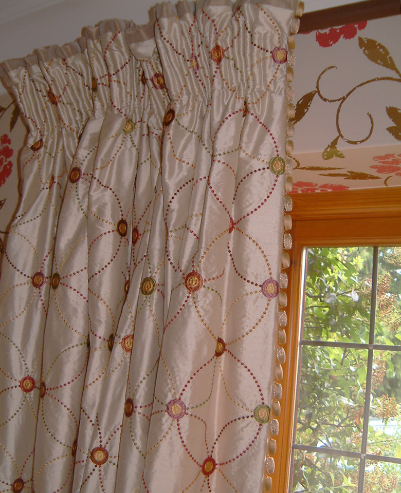 Curtains – with hand gathered heading and contrast top border